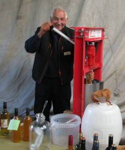 Apple Pressing Photo by Tim Izzett